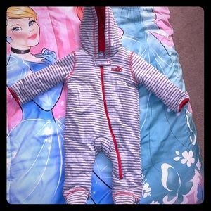 NWOT Warm Puma Baby Hooded Snowsuit Gray Red 6-9m